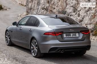 Jaguar XE 2.0D AT (180 л.с.) RWD 2020