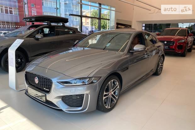Jaguar XE R-Dynamic SE