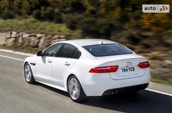 Jaguar XE 2.0 AT (300 л.с.) AWD 2017