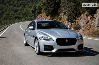 Jaguar XF 2.0D i4 MT (180 л.с.) RWD 2018