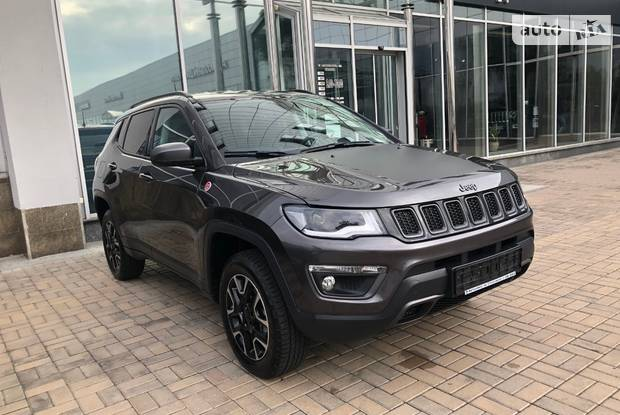 Jeep Compass base