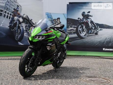 Kawasaki ER 2020