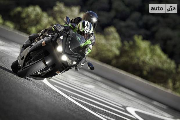 Kawasaki ZZR Performance