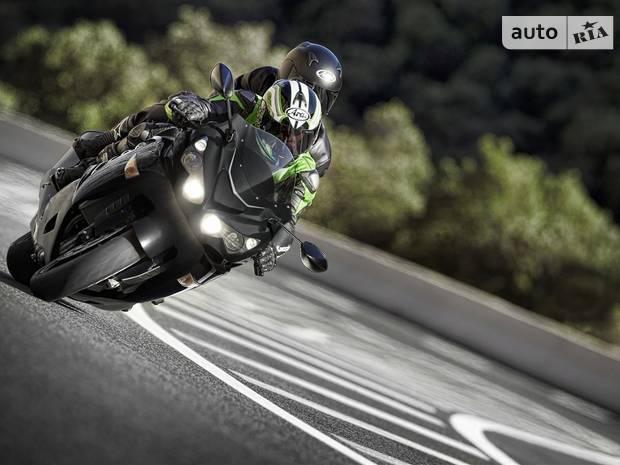 Kawasaki ZZR Performance Sport