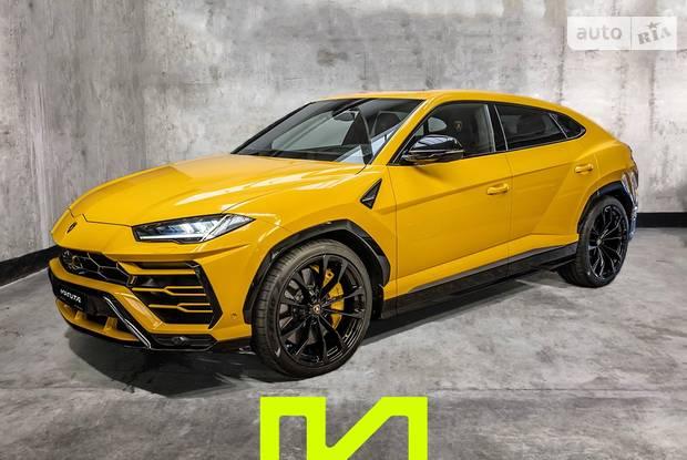 Lamborghini Urus Individual