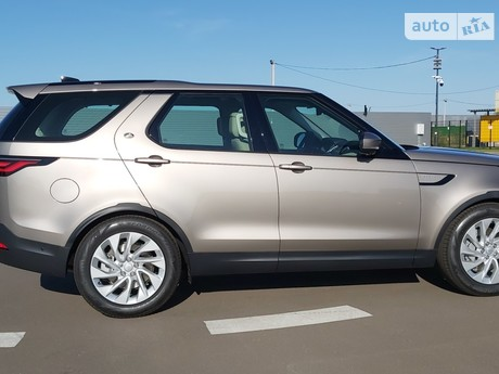 Land Rover Discovery 2021