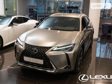Lexus UX 2021
