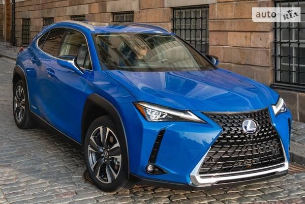 Lexus UX Business
