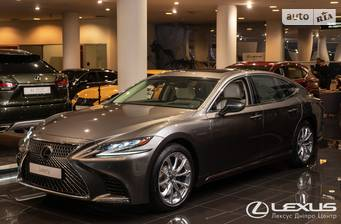 Lexus LS 500 AT (420 л.с.) AWD 2018