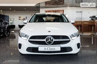 Mercedes-Benz A-Class 180d AT (116 л.с.) 2019