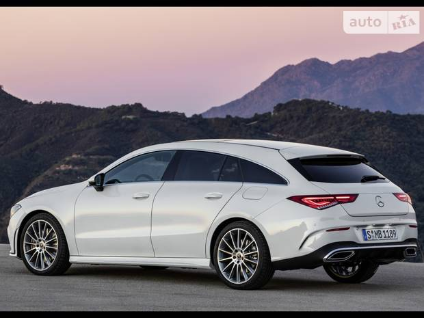 Mercedes-Benz CLA-Class base