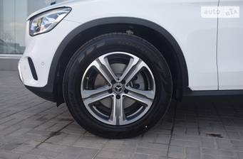 Mercedes-Benz GLC-Class 2021