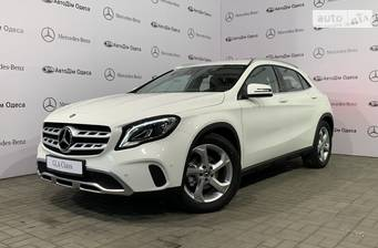 Mercedes-Benz GLA-Class GLA 200 AT (156 л.с.) 2018