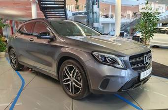 Mercedes-Benz GLA-Class GLA 180 AT (122 л.с.) 2019
