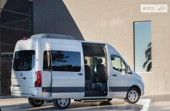 Mercedes-Benz Sprinter пасс. 2018 base