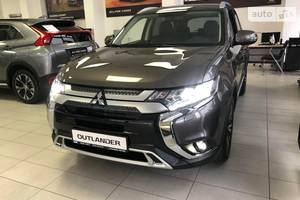 Mitsubishi Outlander 2.4 CVT (167 л.с.) 4WD 7s Instyle 2021