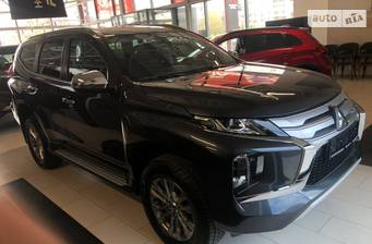 Mitsubishi Pajero Sport 2.4 DI-D MТ (181 л.с.) Super Select 4WD-II 2020