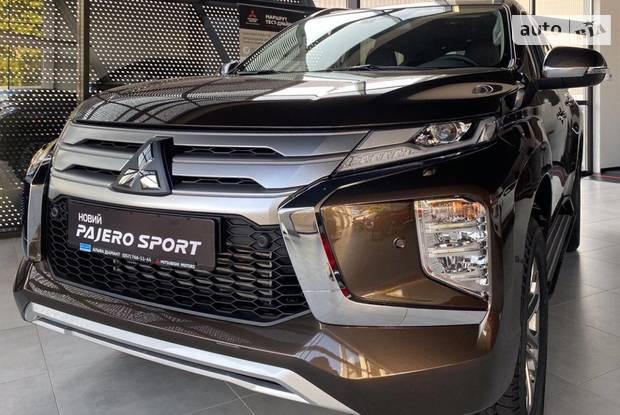 Mitsubishi Pajero Sport Intense
