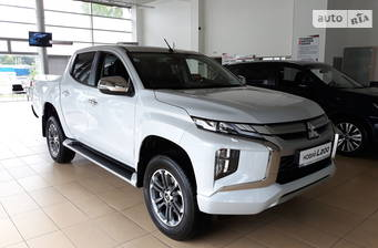 Mitsubishi L 200 New 2.4 DI-D AT (181 л.с.) 4WD 2019