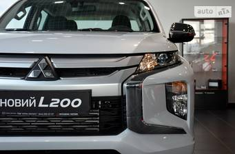 Mitsubishi L 200 New 2.4 DI-D MT (154 л.с.) 4WD 2019