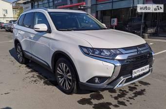 Mitsubishi Outlander 2020 Individual