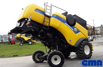 New Holland CX 2013