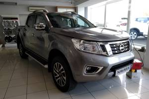 Nissan Navara 2.3 dCi AT (190 л.с.) 4WD Platinum 2019