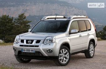 Nissan X-Trail 2.0 AT (141 л.с.) LE  F-6 2014