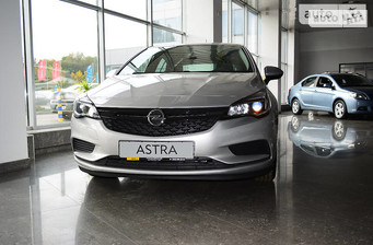 Opel Astra K 1.4 MT (100 л.с.) Selection 2016