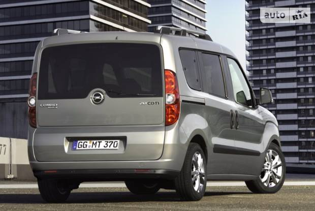 Opel Combo пасс. Selection