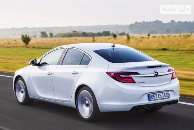 Opel Insignia Active