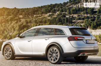 Opel Insignia 2.0 AT (250 л.с.) 4x4  Country Tourer 2017