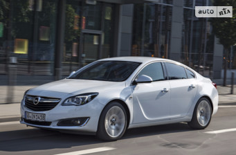 Opel Insignia 1.6 AT (170 л.с.)  Cosmo 2017