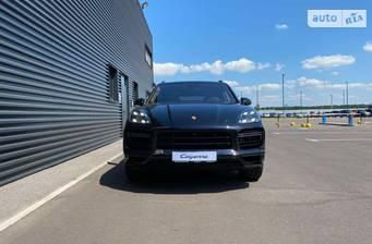 Porsche Cayenne Turbo S E-Hybrid 4.0 Tip-tronic (680 л.с.) 2019