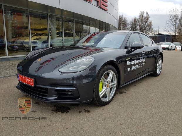 Porsche Panamera Individual