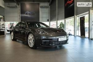 Porsche Panamera 4 3.0 PDK (330 л.с.)  2019