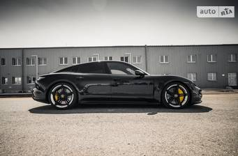Porsche Taycan 2021 Individual