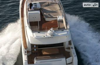 Prestige Yachts Flybridge Line 520 2017