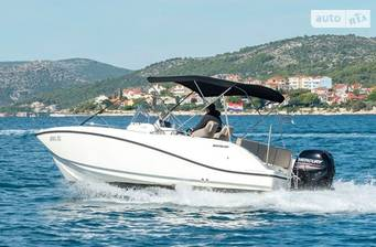 Quicksilver Activ 675 Open 6.7m 2018