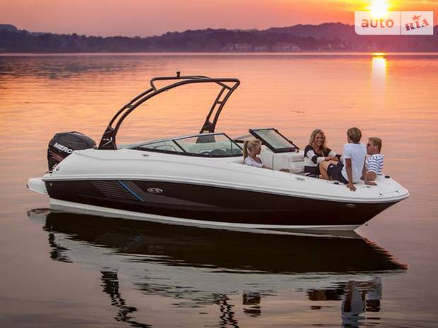 Sea Ray 240 Sundeck base