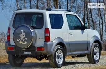 Suzuki Jimny 1.3 МТ (85 л.с.) JLX 2018