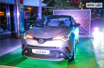 Toyota C-HR 2.0 AT (148 л.с.) Active 2017