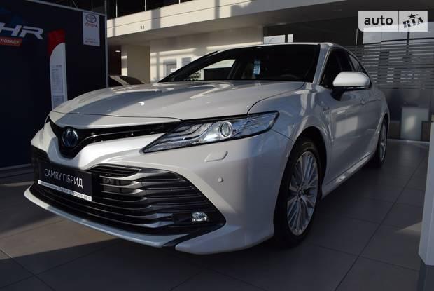 Toyota Camry Premium