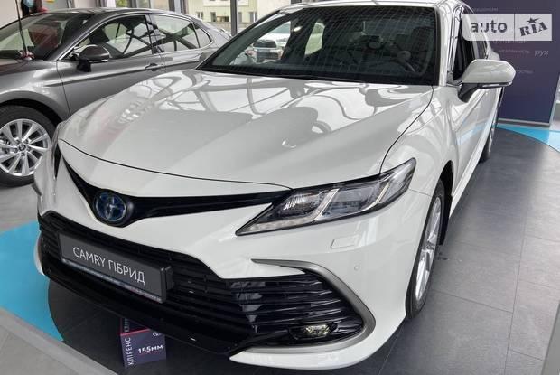 Toyota Camry Elegance+