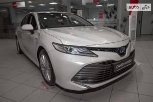 Toyota Camry 2.5 Hybrid E-CVT (218 л.с.) Premium 2020