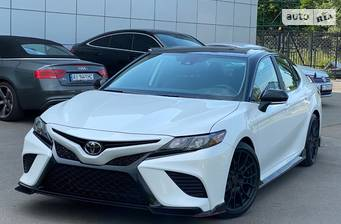 Toyota Camry 3.5i TRD AT (302 л.с.) 2020