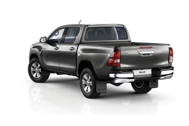 Toyota Hilux Active