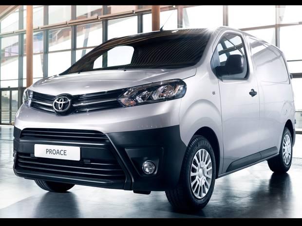 Toyota Proace Business