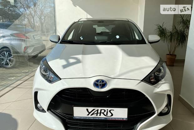 Toyota Yaris Active