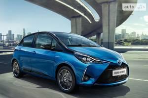 Toyota Yaris 1.5 Dual VVT-iE  CVT (111 л.с.) Live 2019